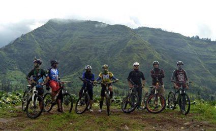 Paket Bersepeda di Gunung Bromo